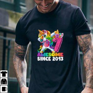Awesome Since 2013 Dabbing Unicorn 7th Birthday Gift Girls T Shirt